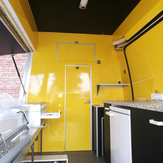 Full covering intérieur d'un food truck - Grafipix