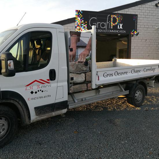 Lettrage et habillage de la caisse à outils d'un camion pour LH Renove - Grafipix