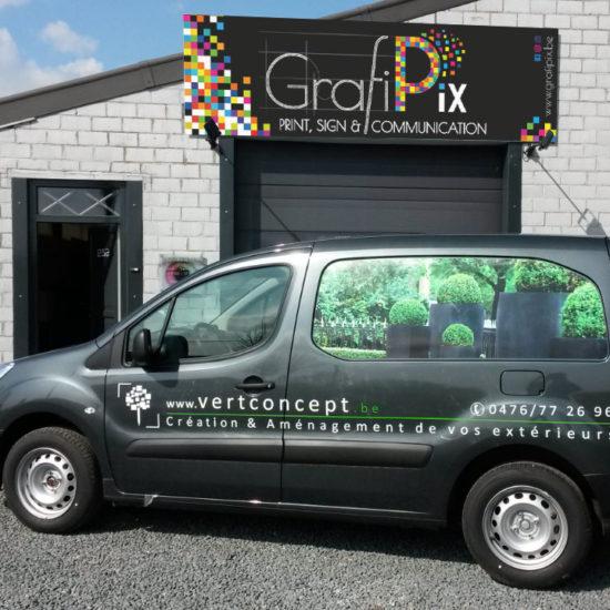 Lettrage d'une voiture pour Vert Concept - Grafipix