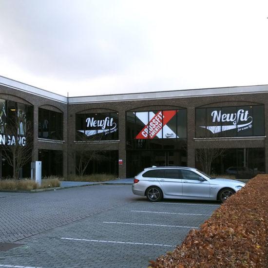 Lettrage de vitrages pour Newfit - Grafipix