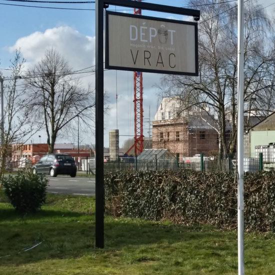 Totem pour Depot Vrac à Bassilly - Grafipix, votre partenaire en communication visuelle